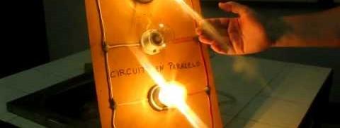 Circuito En Paralelo : Electricidad proyecto circuito serie y paralelo colegio cristo
